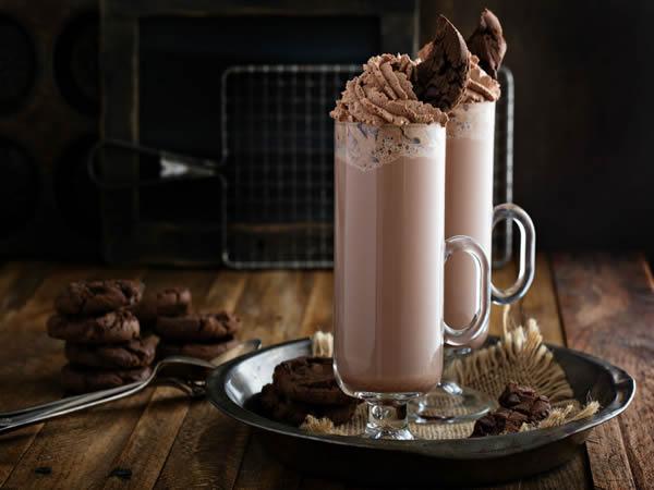 Malteada de chocolate y cacahuete