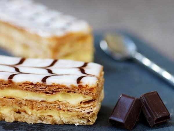 Receta de milhojas de crema y chocolate blanco