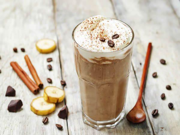 Receta de batido de café con plátano