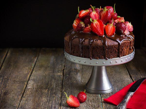 Receta de pastel de fresas con chocolate